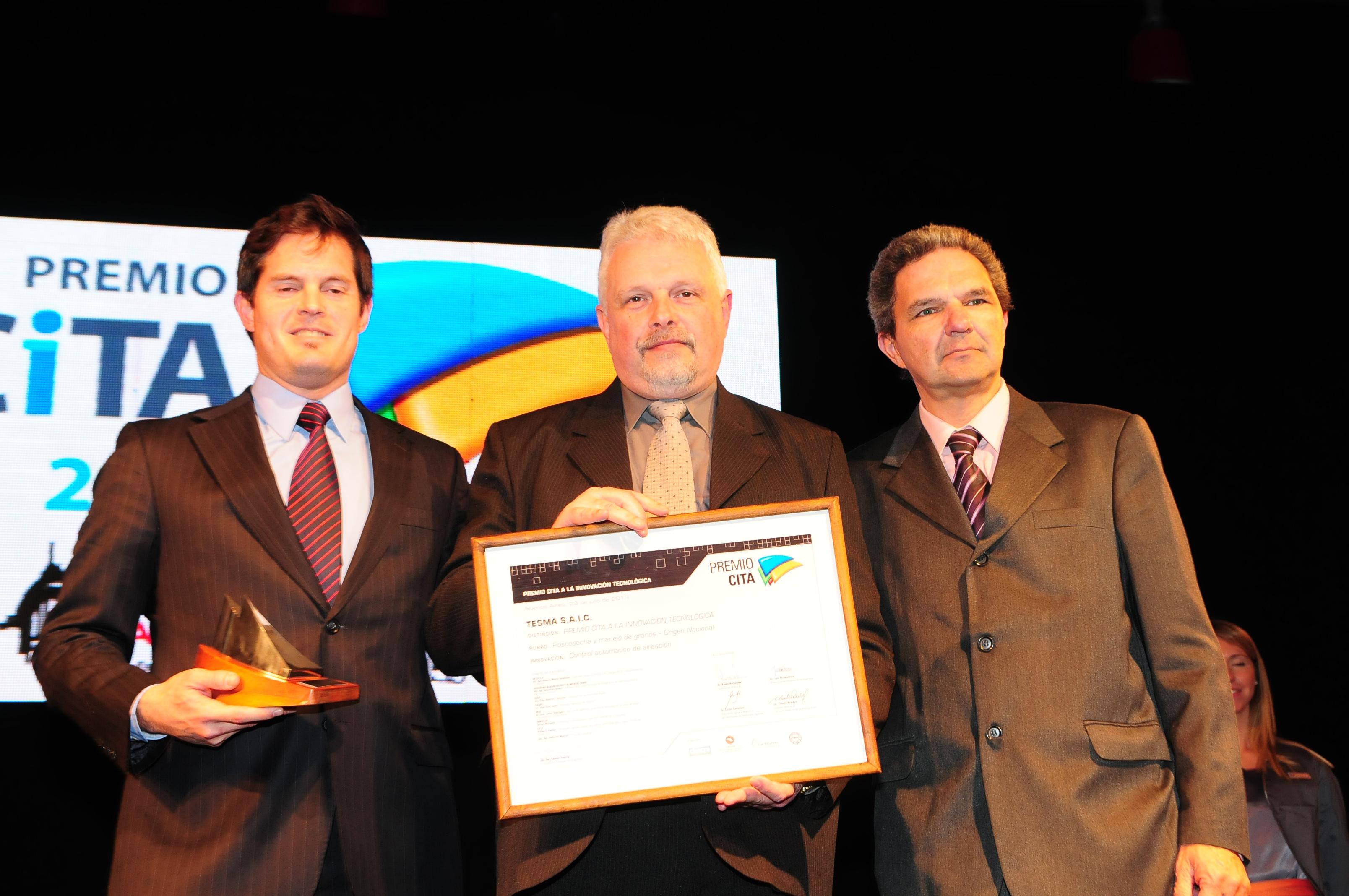 2013-03-tesma-premio-poscosecha-manejo-granos